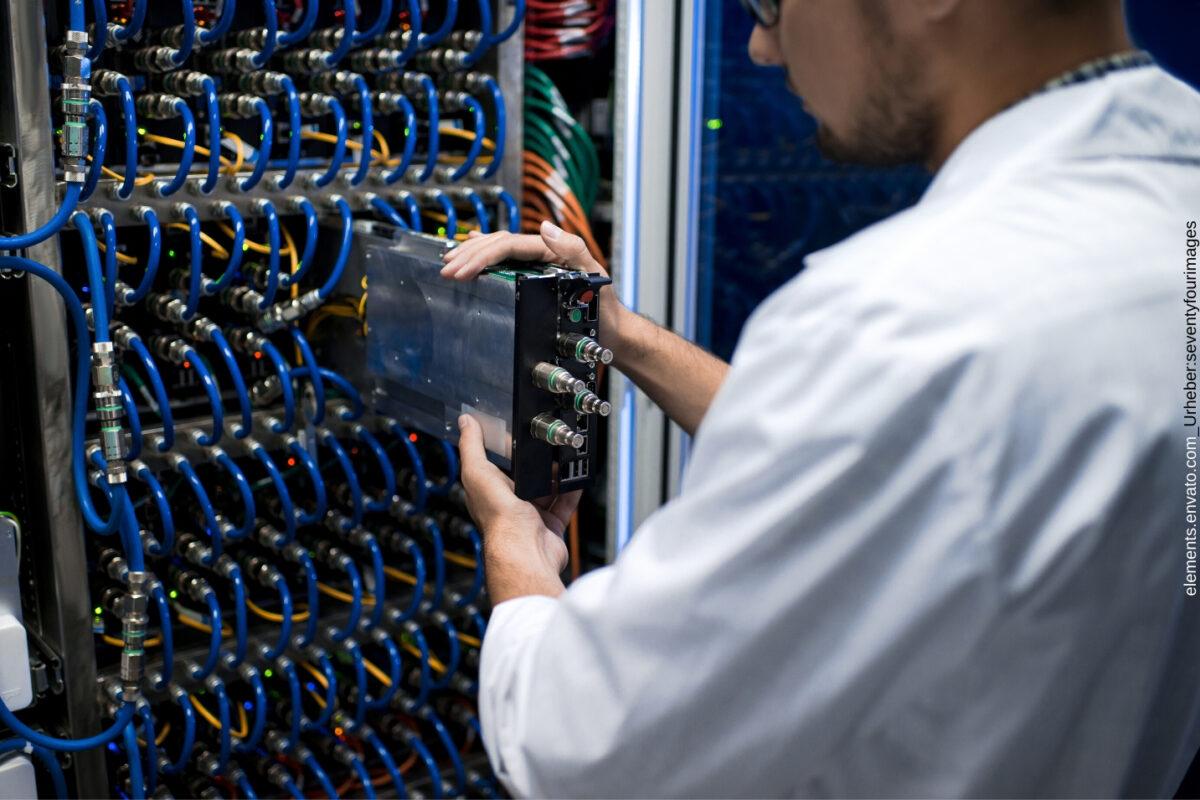 Auf diese 5 Punkte sollten Sie bei der Anschaffung von Netzwerkschränken im Unternehmen achten